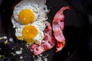 Keto diet - eggs and bacon