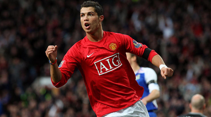 Eric Djemba Djemba Explains How Emotional Cristiano Ronaldo Introduced Him To Nando S At Manchester United Fourfourtwo
