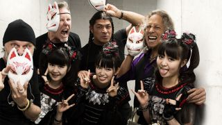 Babymetallica: Lars, James, Yuimetal, Rob, Su-metal, Kirk and Moametal hang out in Seoul