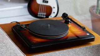 Turntable: Fender x MoFi PrecisionDeck