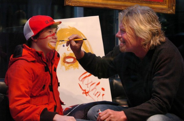 Lil' Chris with Richard Branson in 2007