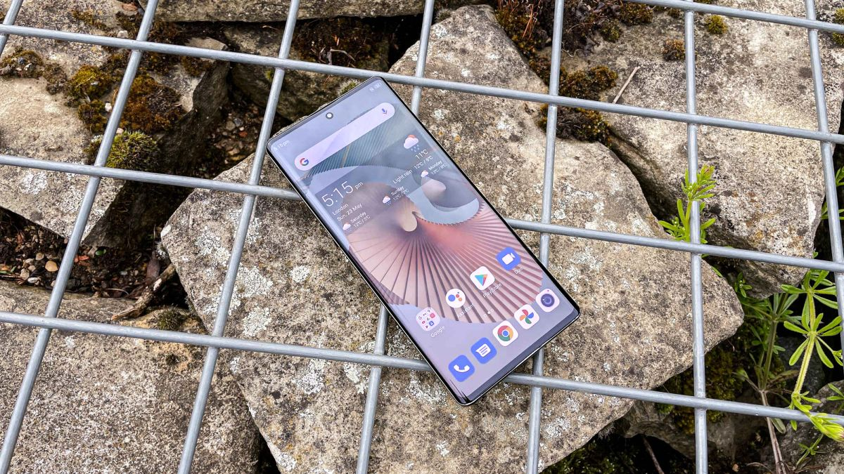 ZTE Axon 30 Ultra review: ultra-good value