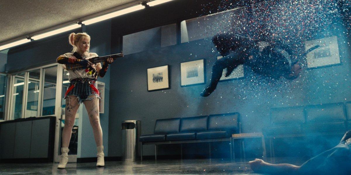 Birds Of Prey (And The Fantabulous Emancipation Of One Harley Quinn) harley firing glitter gun at cop
