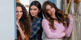 Madison Pettis, Myra Molloy and Addison Rae in He's All That