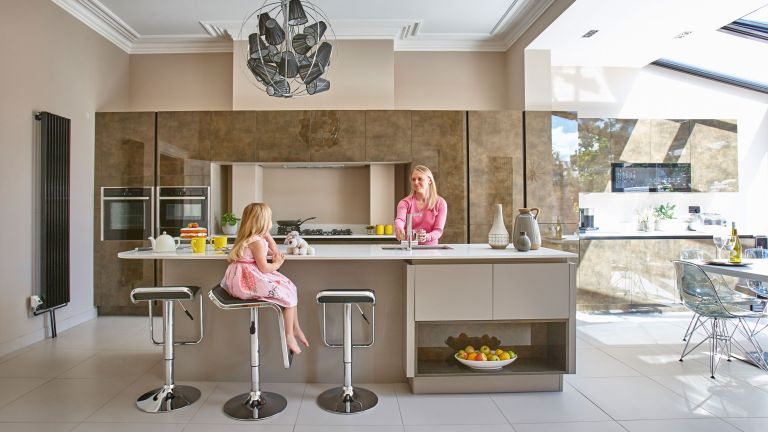 Richard and Clare Hemingway made the most of their budget to create a glamorous kitchen
