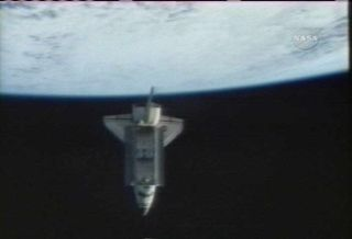 Shuttle Crew Prepares for Wednesday Landing