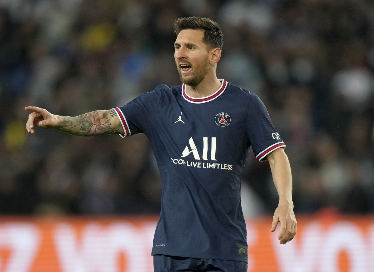 Lionel Messi left out of the Paris St Germain squad as he battles a knee injury
