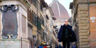 Stanley Tucci walking through Florence in Stanley Tucci: Searching for Italy
