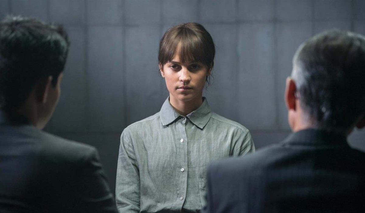 Earthquake Bird Alicia Vikander being interrogated