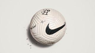 Nike Flight football, Premier League ball