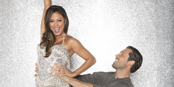 Maksim Chmerkovskiy vanessa lachey dancing with the stars season 25