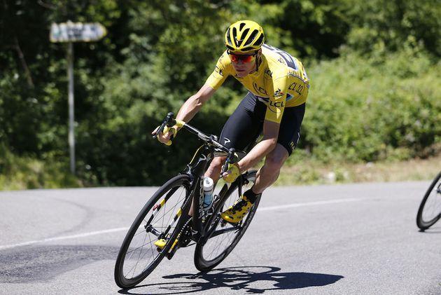17 July 2016 103rd Tour de France Stage 15 : Bourg-en-Bresse - Culoz FROOME Christopher (GBR) Sky, Maillot Jaune Photo : Yuzuru SUNADA
