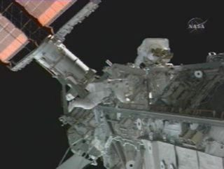 Spacewalkers Prime New ISS Solar Arrays for Action