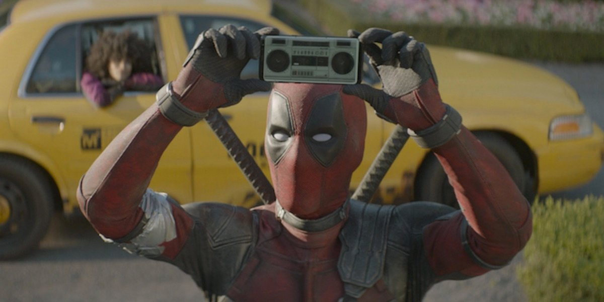 Deadpool outside the X-Mansion