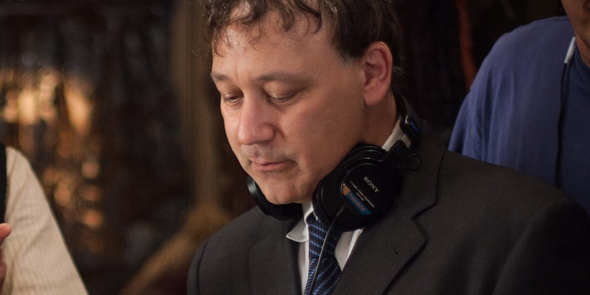 Sam Raimi directing Oz The Great And Powerful