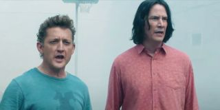 Bill (Alex Winters) and Ted (Keanu Reeves) stand on a foggy basketball court and look confused in 'B
