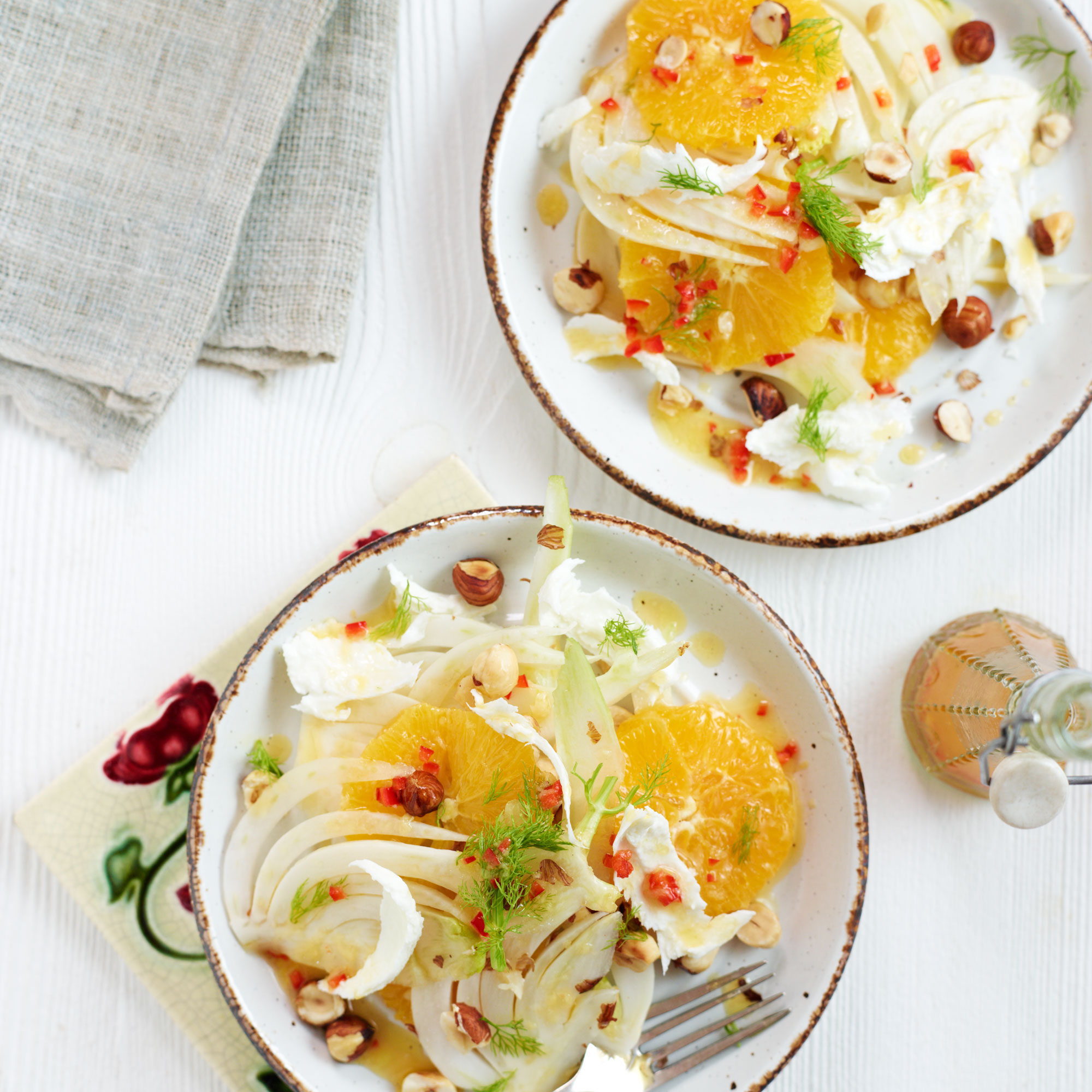 orange fennel and hazelnut salad