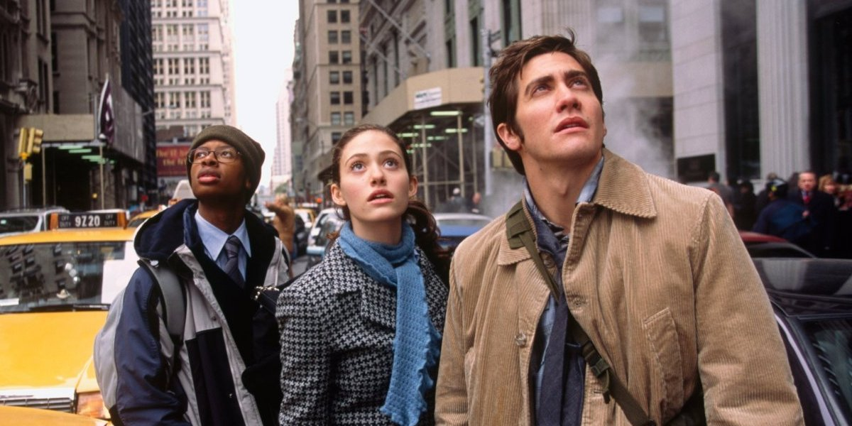 Arjay Smith, Emmy Rossum, and Jake Gyllenhaal in The Day After Tomorrow