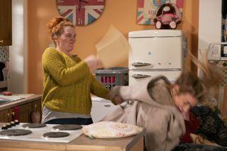 Coronation Street spoilers: Fiz Stape kills Jade in final showdown?