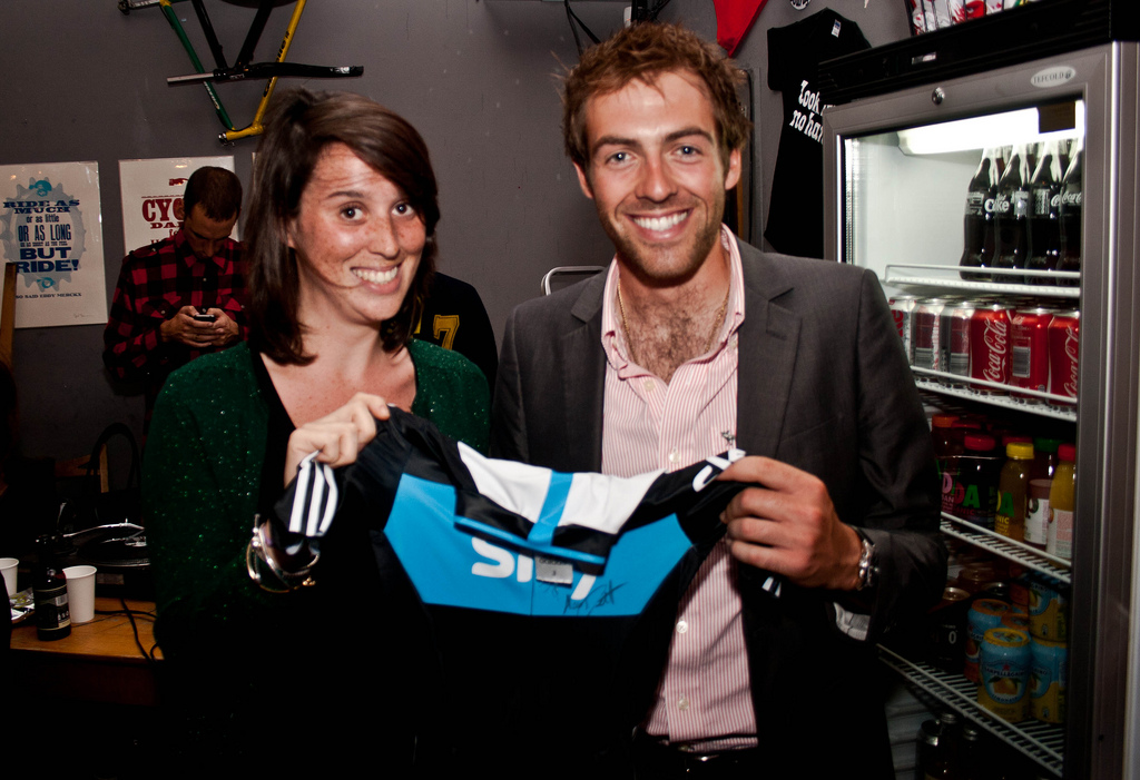 Alex Dowsett, Mule Bar fundraiser