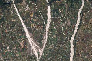 gravel-rivers-nasa-101213-02