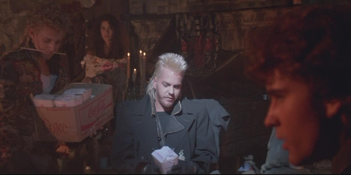 Alex Winter, Jami Gertz, Kiefer Sutherland, and Jason Patric in The Lost Boys