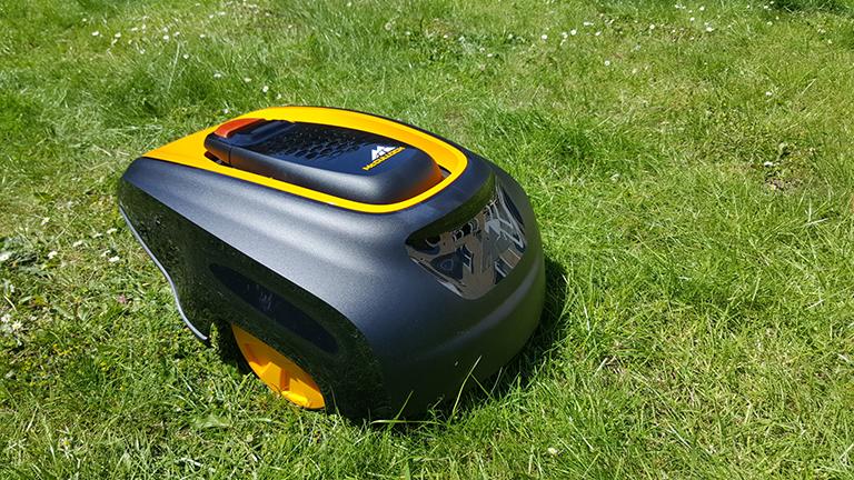 Test du robot tondeuse à gazon McCulloch Rob R600 5