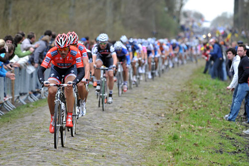 Fabian Cancellara in Arenberg, Paris-Roubaix 2010
