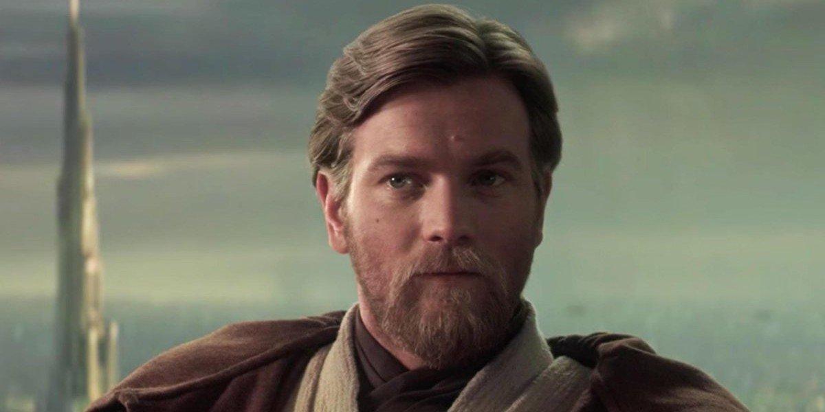 Obi-Wan Kenobi (Ewan McGregor) looks on in Star Wars: Episode III - Revenge of the Sith (2005)