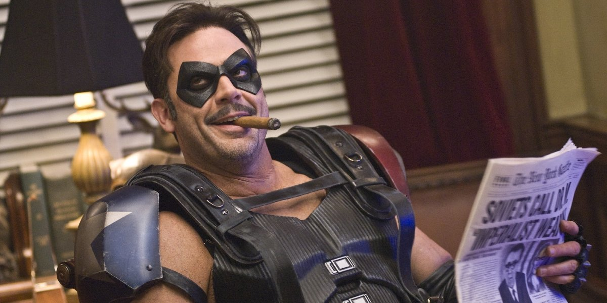 Jeffrey Dean Morgan Found His Watchmen Mask, And It Looks Like He Wants Another Comic Book Role