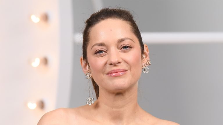 PARIS, FRANCE - OCTOBER 06: Marion Cotillard attends the Chanel Womenswear Spring/Summer 2021 show as part of Paris Fashion Week on October 06, 2020 in Paris, France. (Photo by Stephane Cardinale - Corbis/Corbis via Getty Images)