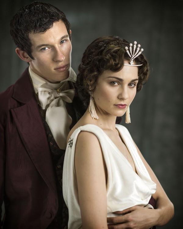 Callum Turner as Anatole Kuragin and Tuppence Middleton as Helene Kuragin