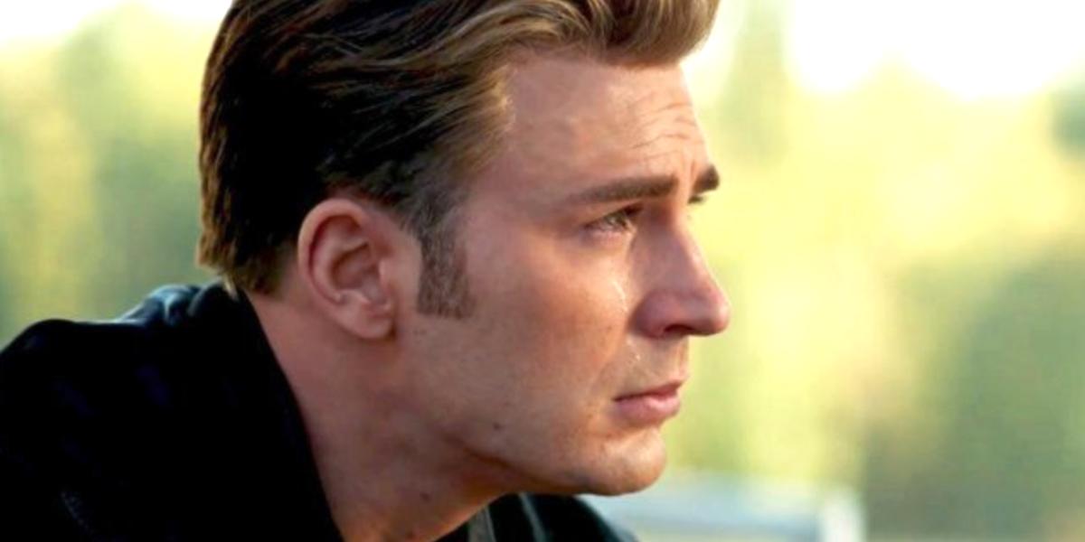 Chris Evans cries as Steve Rogers Captain America Avengers: Endgame
