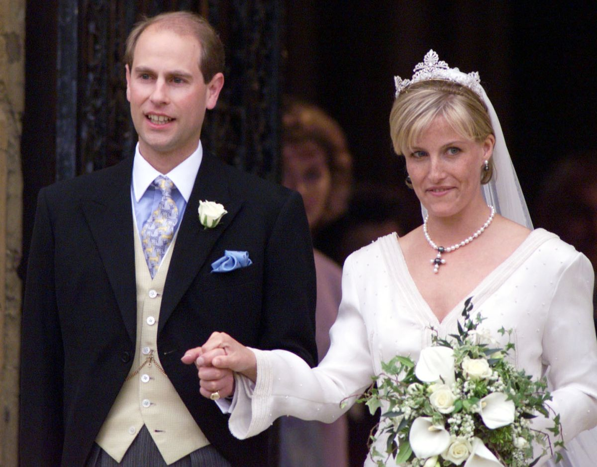 Why Prince Edward and Sophie Wessex didn't share a public kiss on their wedding day