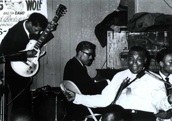 In Deep: Howlin' Wolf and Hubert Sumlin | Guitarworld