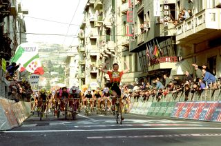 Andrei Tchmil wins on the Via Roma in 1999.