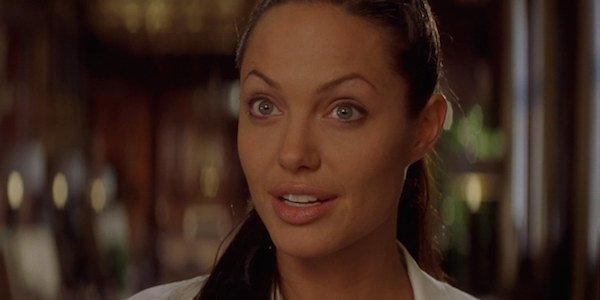 Angelina Jolie Talking Captain Marvel Here S The Latest