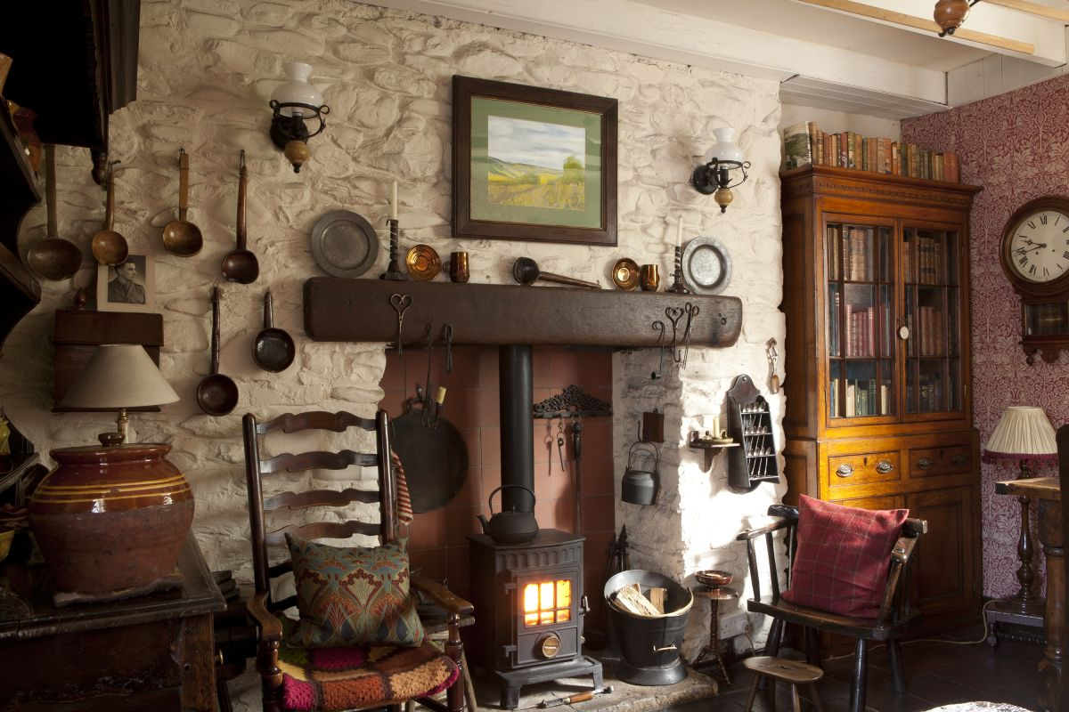 Real home: a traditional Welsh cottage gets a vintage transformation
