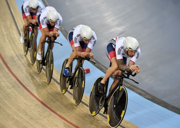 Bradley Wiggins leads GB in the team pursuit, Track World Championships 2016