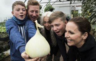 The Family Farm Picture shows - The Burton Family (Roman, Mark, Amber, Xavier, Sarah)