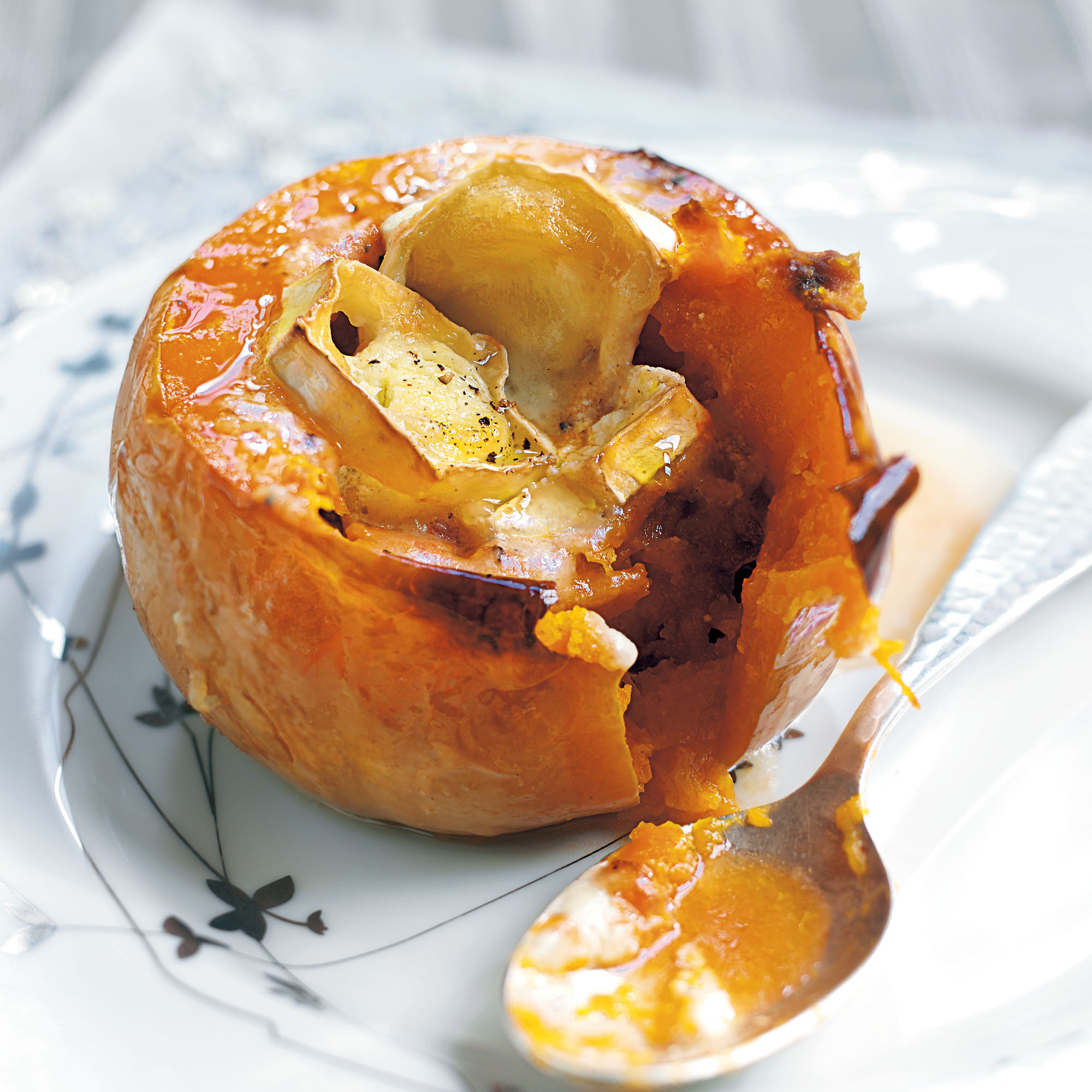 Give this roasted butternut squash with goats cheese a try if you love vegetarian starters