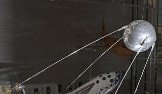 sputnik-101206-02