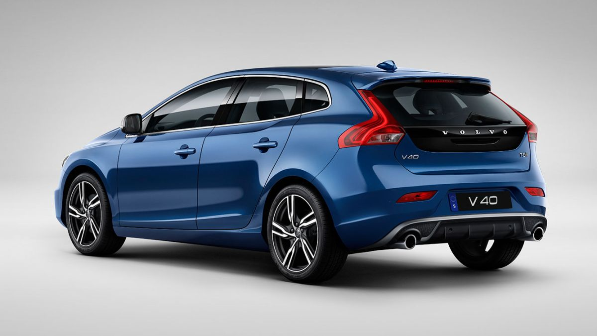 volvo v40 becomes the first car you can order on amazon. Black Bedroom Furniture Sets. Home Design Ideas