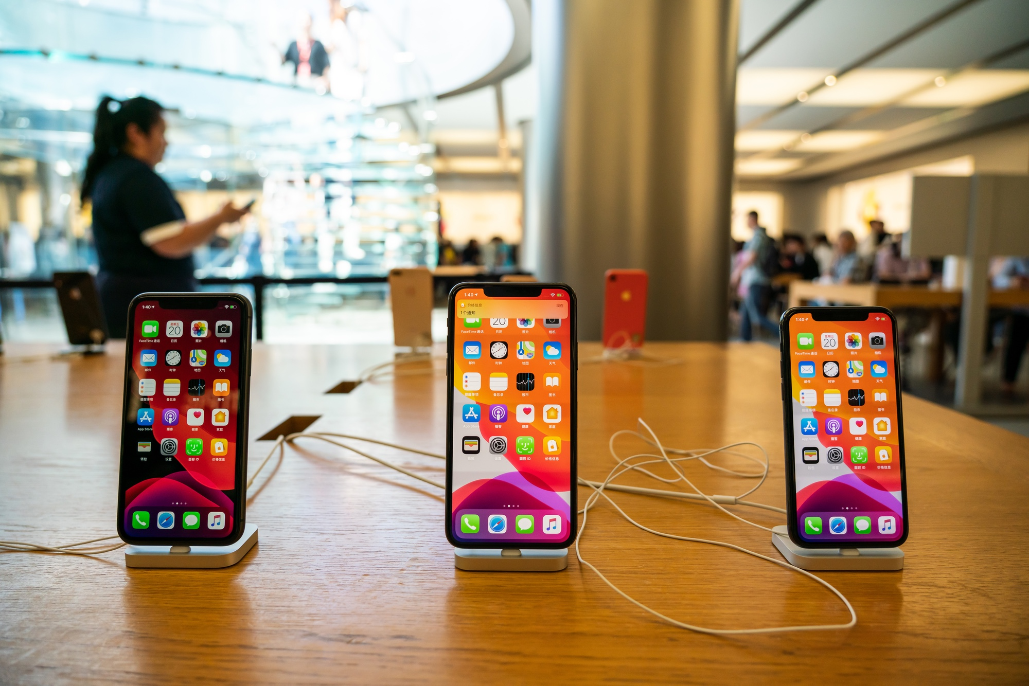 The Best Iphone Black Friday Deals Now Iphone 11 Iphone Pro And More Tom S Guide