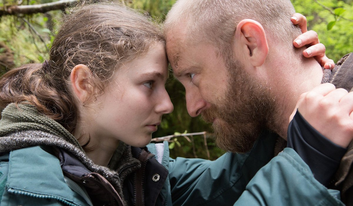 Leave No Trace Thomasin McKenzie and Ben Foster