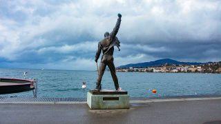 The Freddie Mercury statue by Lake Geneva