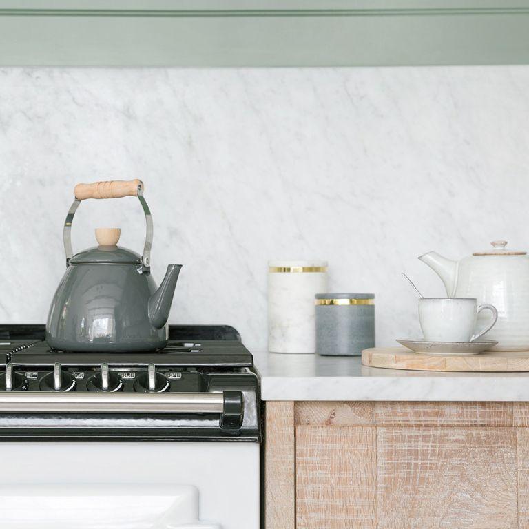Stove top kettle: Garden Trading Enamel kettle