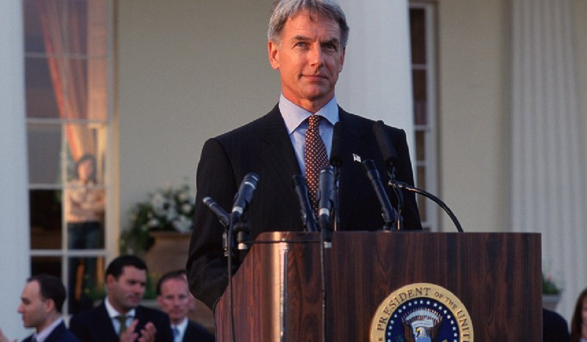 Chasing Liberty Mark Harmon making a presidential speech behind podium
