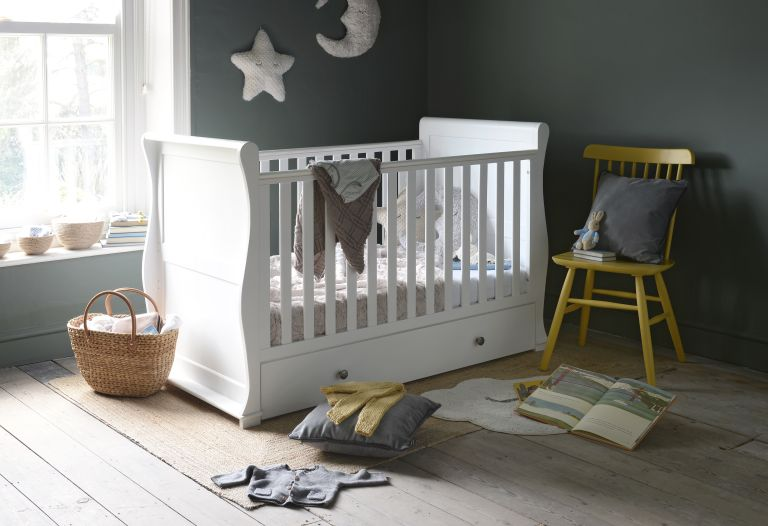 Best cots and cot beds: Chantilly cot The Cotswold Company