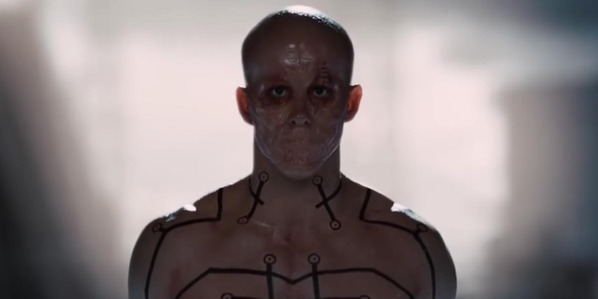 Двойной трюк Райана Рейнольдса из « Людей Икс: Начало » поделился прямыми мыслями о внешности Дэдпула